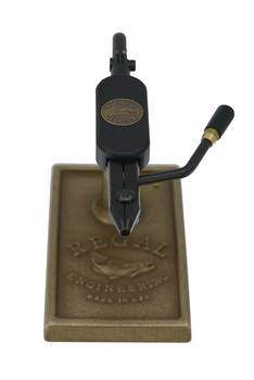 Regal Medallion Series Vise - Shank Jaws/Bronze Traditional Base